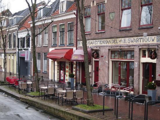 Hotel Johannes Vermeer: Exterior del hotel