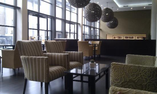 City Lodge Hotel OR Tambo Airport: Lounge area