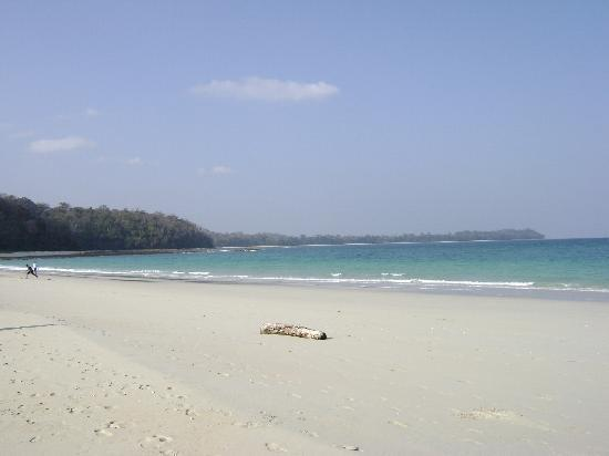 Hotel Aparupa: Ross  & smith beach..Visit once