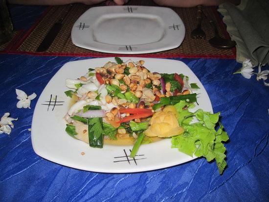 Oriental Thai-European Restaurant: Vorspeise spicy Seafood Salad