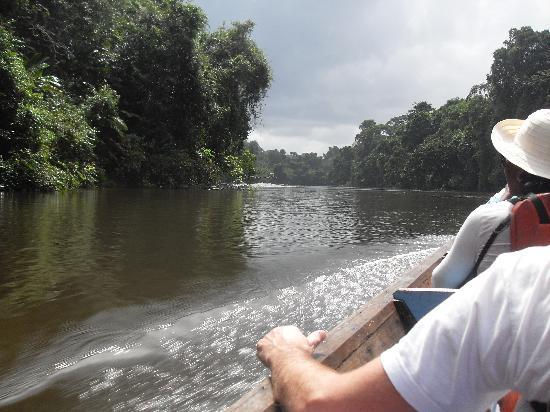 Suriname: in de boot