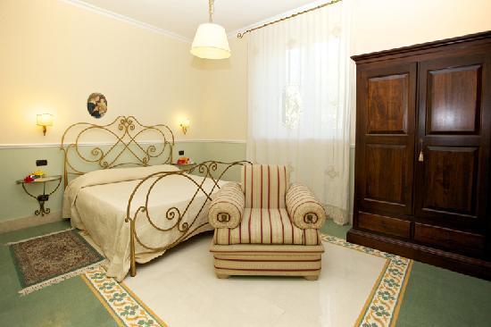 Стаццо, Италия: camere
