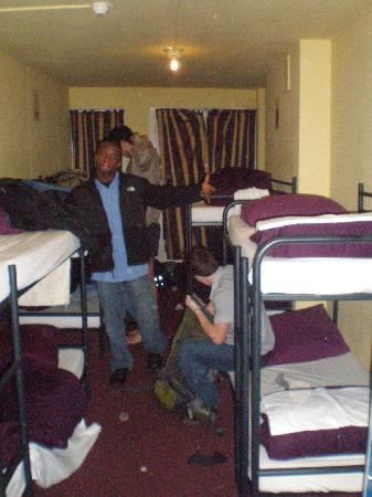 Hostel Meeting Point : 8 Bed room on the 3rd floor