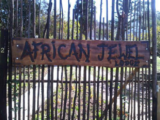 African Jewel Lodge: Front Entrance