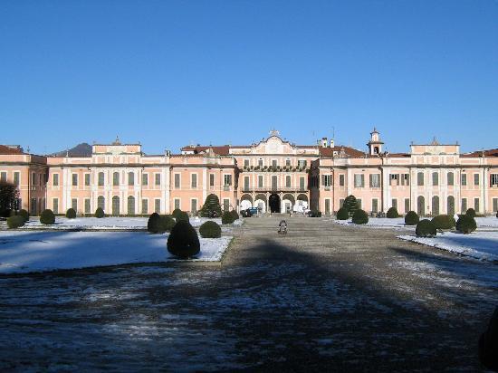 Varese, إيطاليا: Varese- palazzo estense