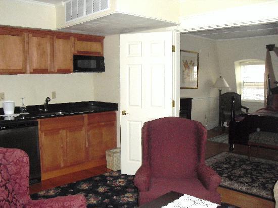 Inn on Bellevue: Bellevue Manor 2 Bedroom Suite (Kitchenette)