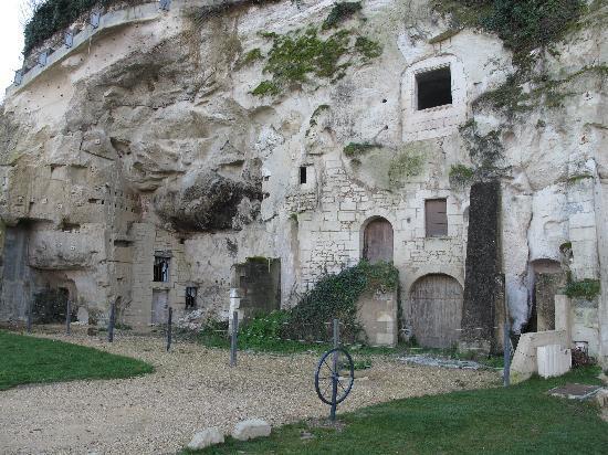 L'Helianthe: village artisanal de Turquant