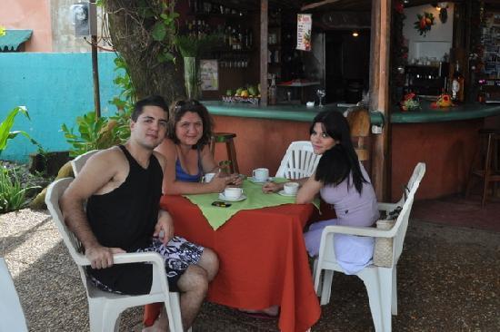 Posada Los Mangos : típico café da manhã