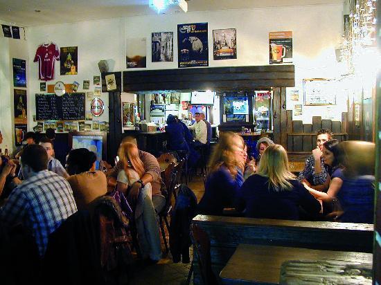 Dubliner Irish Pub: dubliner sport bar