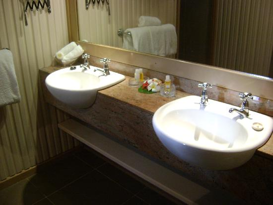 The Bathroom Double Basin Picture Of Matamanoa Island Resort