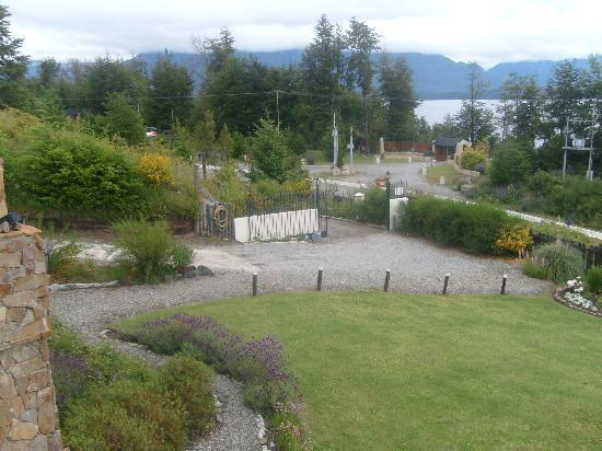 Hosteria Le Lac: El jardin