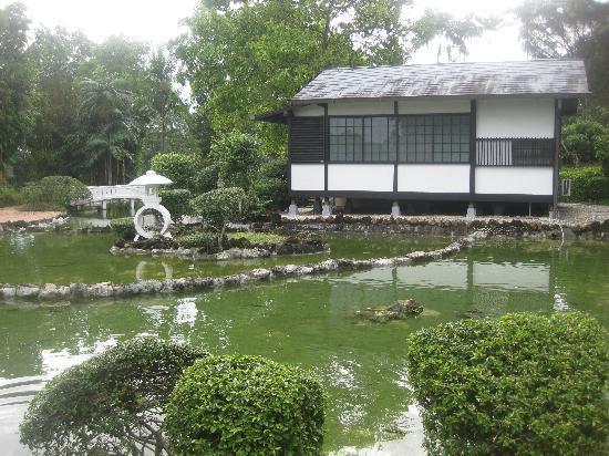 Grand Palace Park (Istana Besar): japanese garden