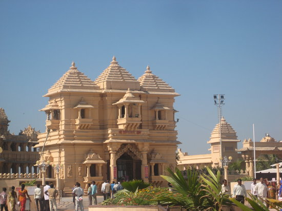 Somnath Temple - A Truly Surrealistic Experience!