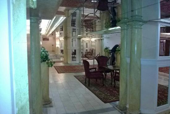 Club 27 Hotel: Hall dell'Hotel Club 27
