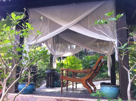 Victoria Angkor Resort & Spa: Private places to read