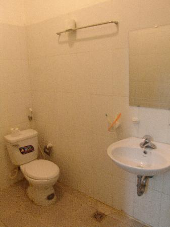 Hoan Kiem Lake Hotel: bathroom