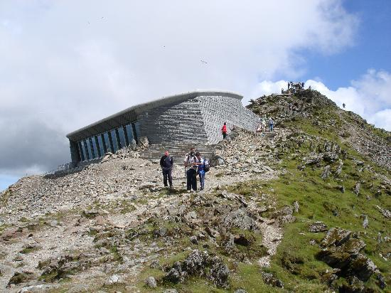 Snowdon – Wales – A site dedicated to Snowdon and it's surroundings