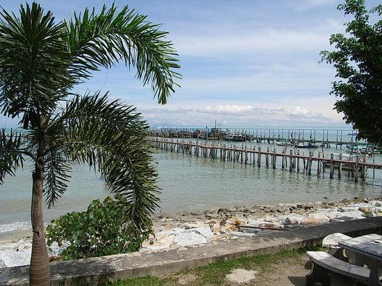Penang Island, Malasia: 入り口付近から海が見れます