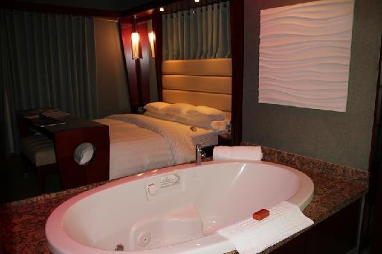 Shade Hotel: ванна