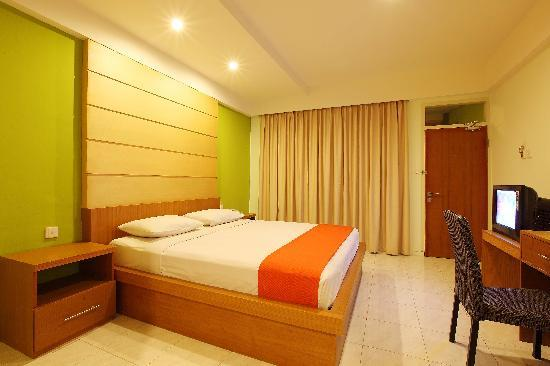 Griya Asri Hotel: Deluxe Terrace room twin bed