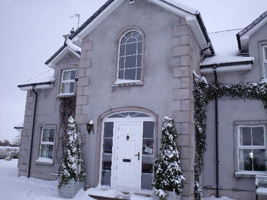 Redbrick Country Guesthouse: grey gables guest house