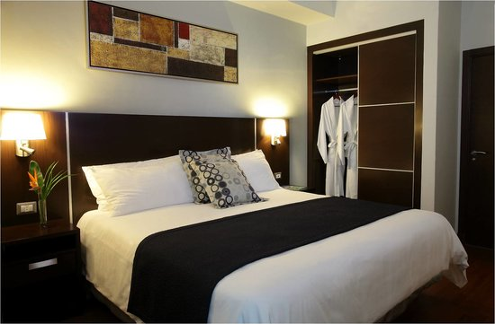 Marriott Executive Apartments Panama City, Finisterre: Deuxe Executive Suite - 1 King Bed