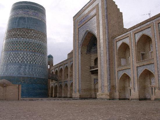 Khiva, Ouzbékistan : l'hotel madrassa