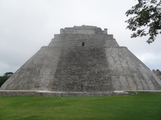 Ушмаль, Мексика: Uxmal Main View