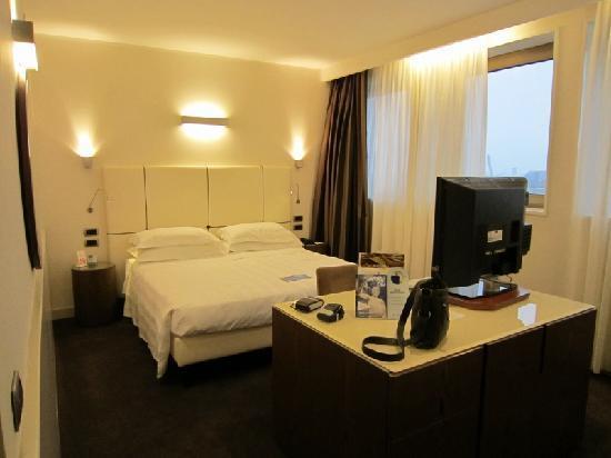 Hotel Plaza: Letto