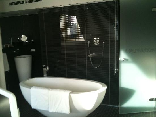 Manna : bath