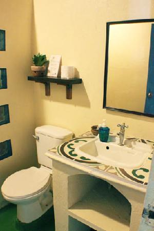 Portulano Dive Resort : nice new touches on the toilet
