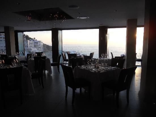 Salt: View of restaurant
