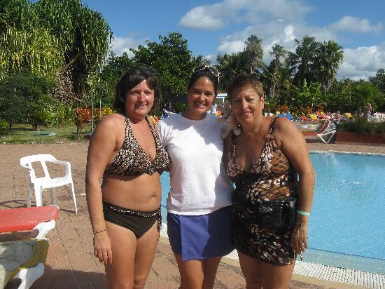 BelleVue BeachFun4Life Puntarena: Shenia animatrice le jour et gardiene d'enfant super gentille essai beaucoup de parler francais
