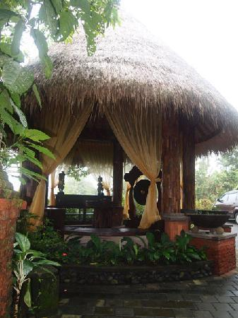 Dara Ayu Villas & Spa: Our Lobby