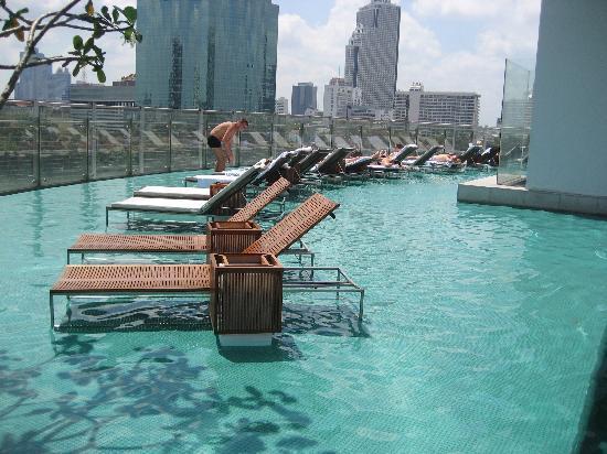 Liegen Im Wasser Picture Of Millennium Hilton Bangkok