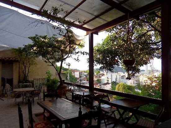 Villa Leonor Suites: Terrace in Morning