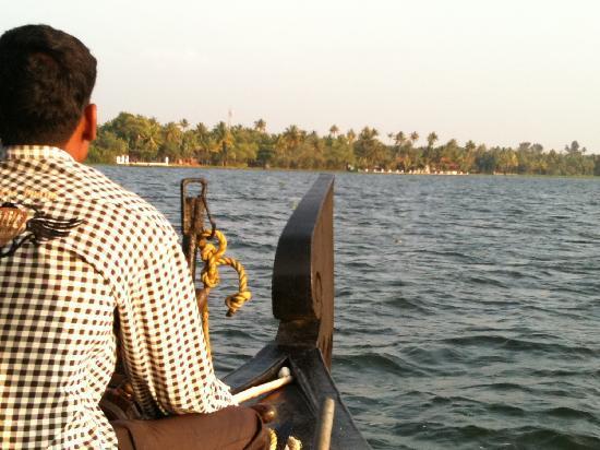 Vivanta by Taj - Kumarakom: Complimentary houseboat ride