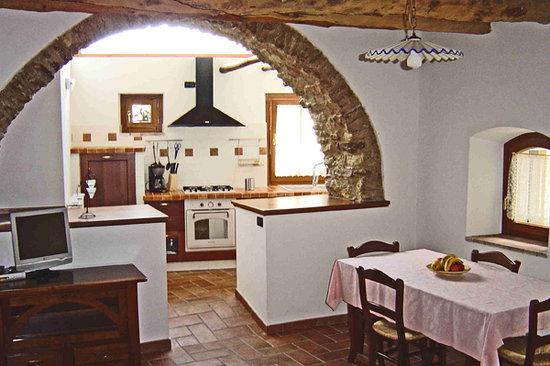 "Agriturismo Al Lambic: Apartment ""La Macina"" - Living room"