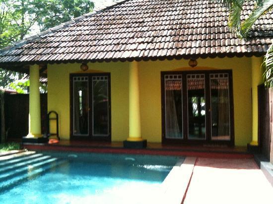Vivanta by Taj - Kumarakom: Another View of Villa With Private Pool