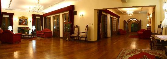 Hotel Aranjuez Cochabamba: Salon, metting areas