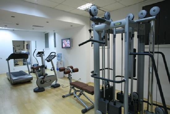 Ramada Hotel and Suites Bucharest North: Fitness Center