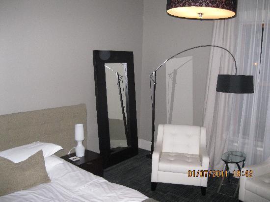 Le Pleasant Hotel & Cafe: chambre supérieur