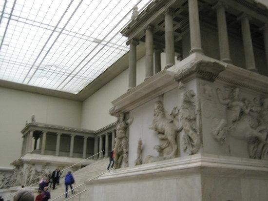 Schildkroete: Pergamonaltar