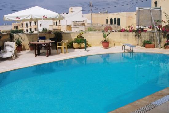 Il girna residence bewertungen fotos preisvergleich for Preisvergleich swimmingpool