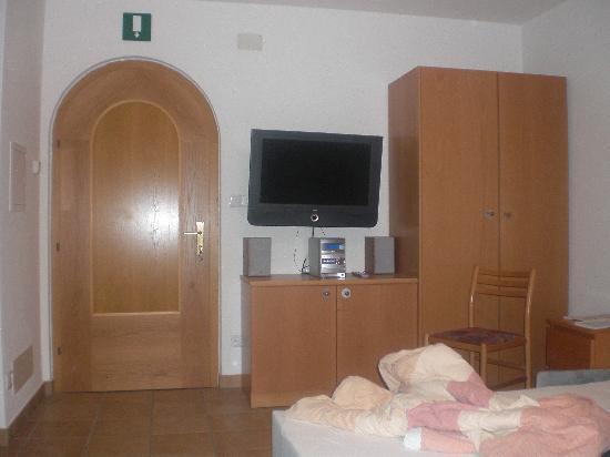 Garni & Residence Sonneckhof: Salone con divano letto