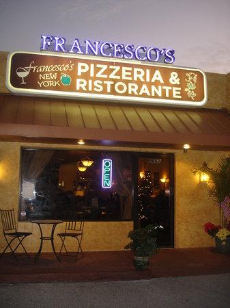 Francesco's New York PIzzeria & Restaurant: The new renovated Francesco's!
