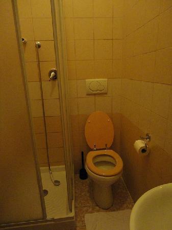 Dreaming Roma B&B: Bathroom