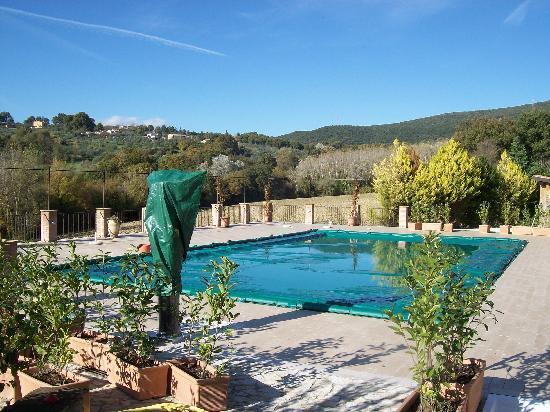 Agriturismo Tara: piscina d'inverno con vista (coperta)