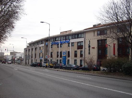 Ibis Budget Avignon Centre : La facciata dell'hotel