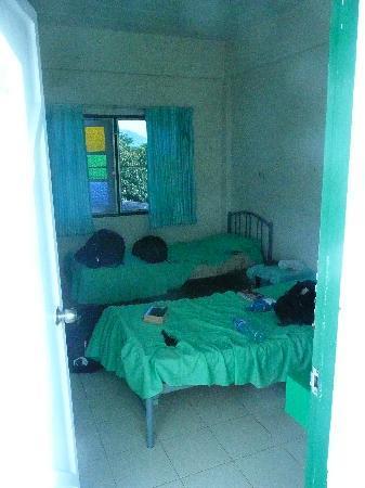 Phuket International Youth Hostel: dorm